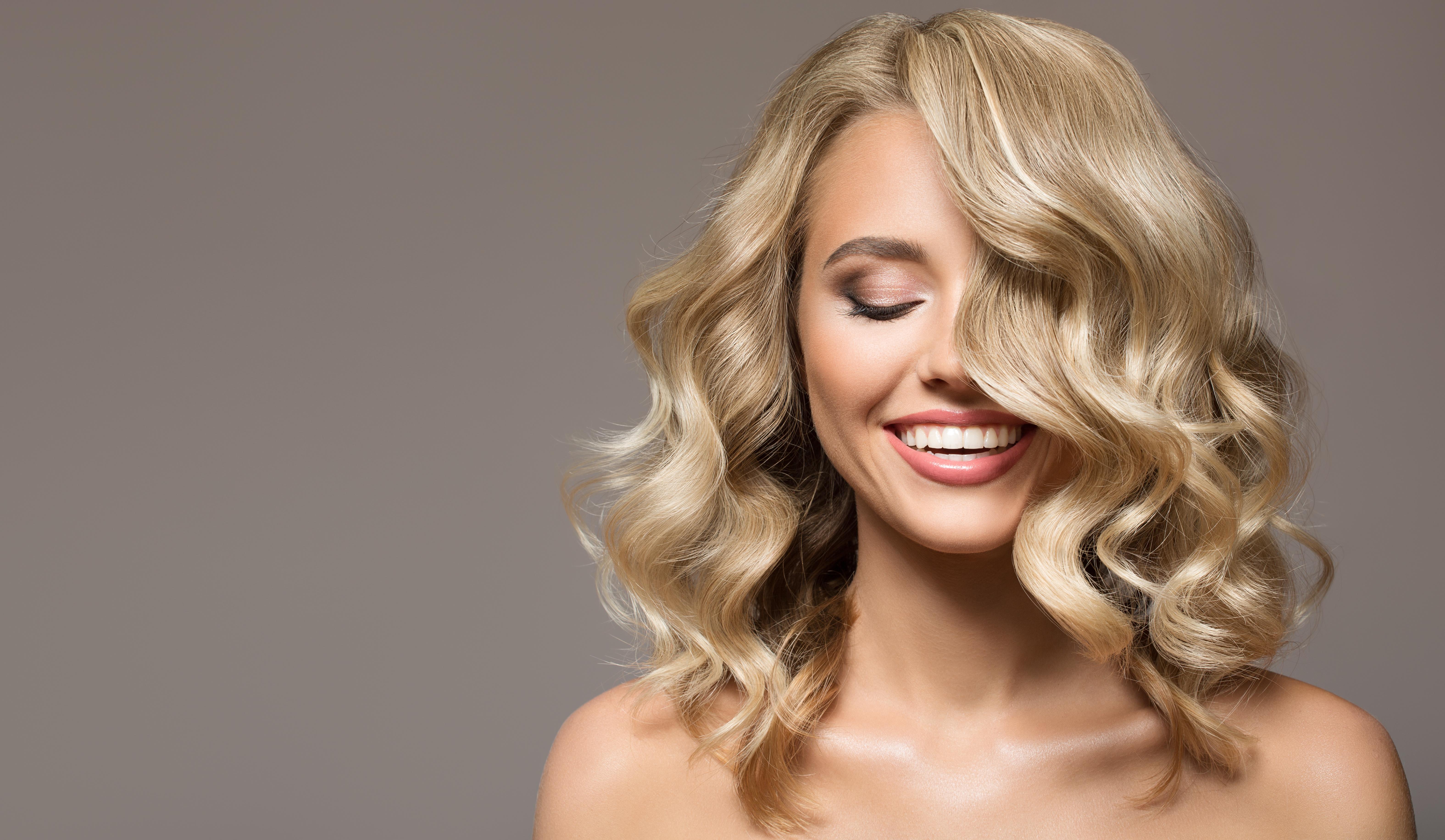 Trucco blondie: consigli e look a cui ispirarsi